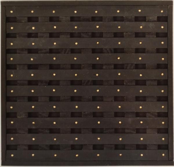 Conjonction 1, 1990, bois peint et clous laiton, 29,5 x 31 cm. (voir texte 1991)