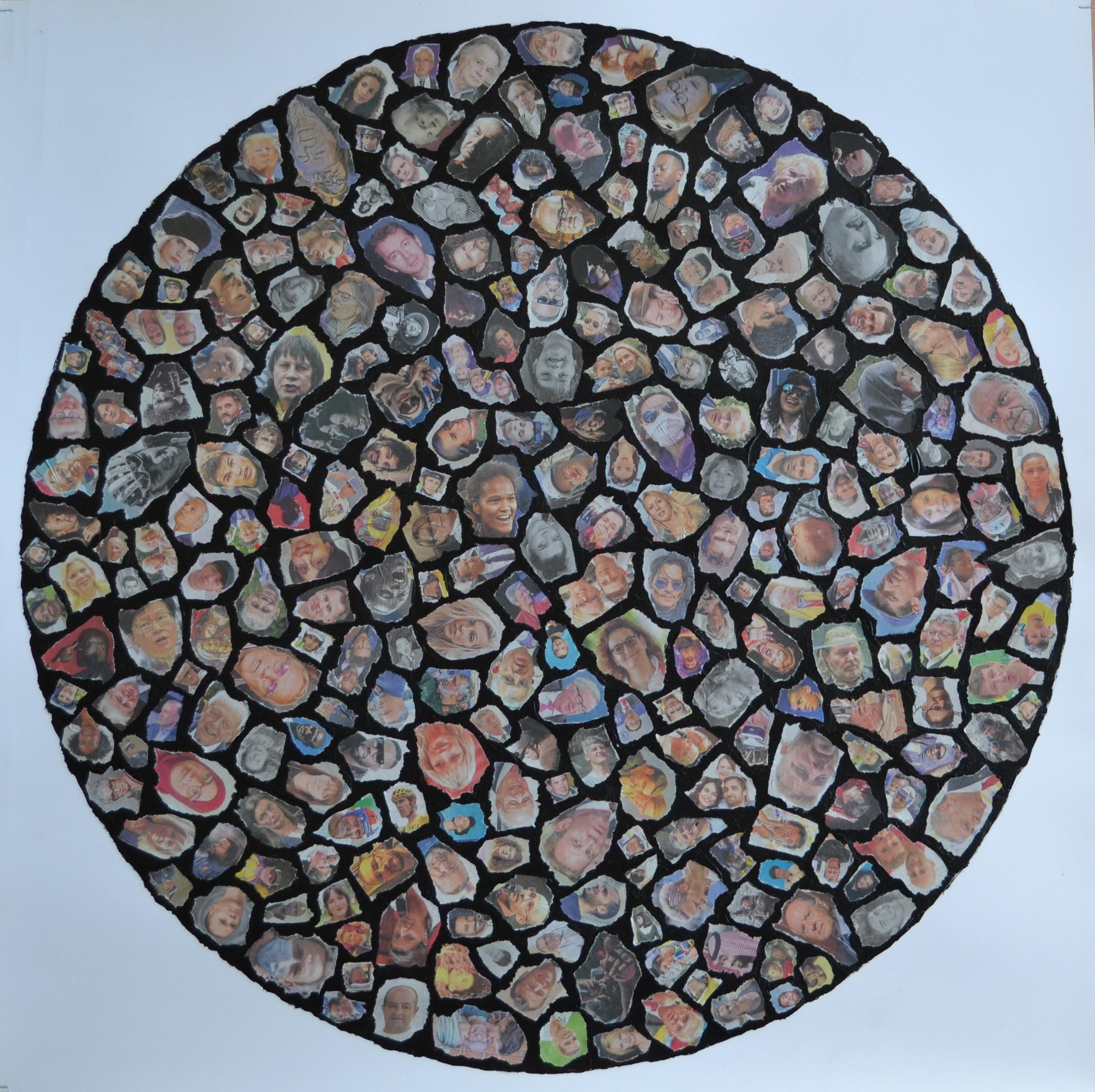 """Mappemonde Collage, """"Rosace 1, la Terre aux mille visages"""", papier journal et acrylique sur papier, 71 x 71 cm"""