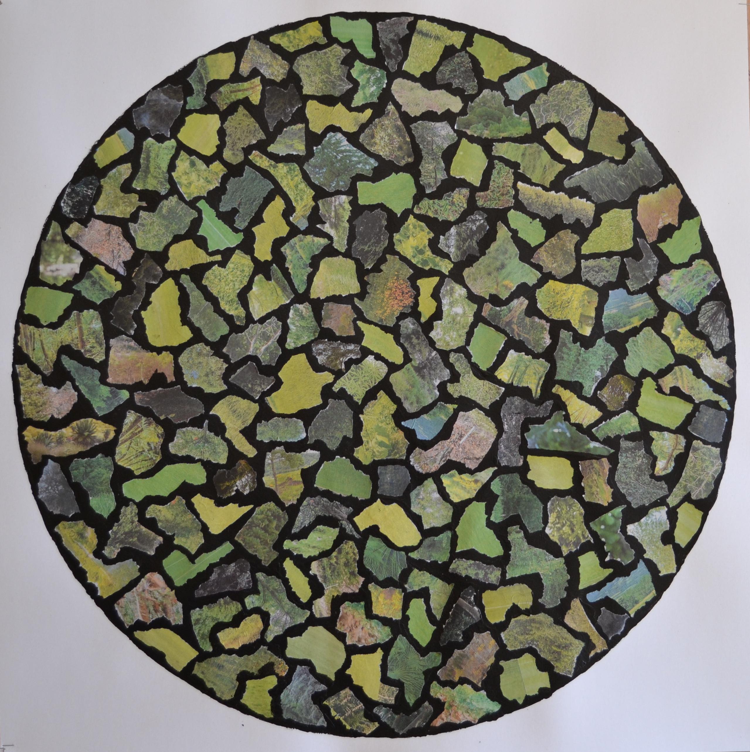 """Mappemonde Collage, """"Rosace 2, la Terre végétalisée"""", papier journal et acrylique sur papier, 71 x 71 cm"""